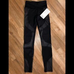 Women's Lululemon city core type 28' leggings NWT